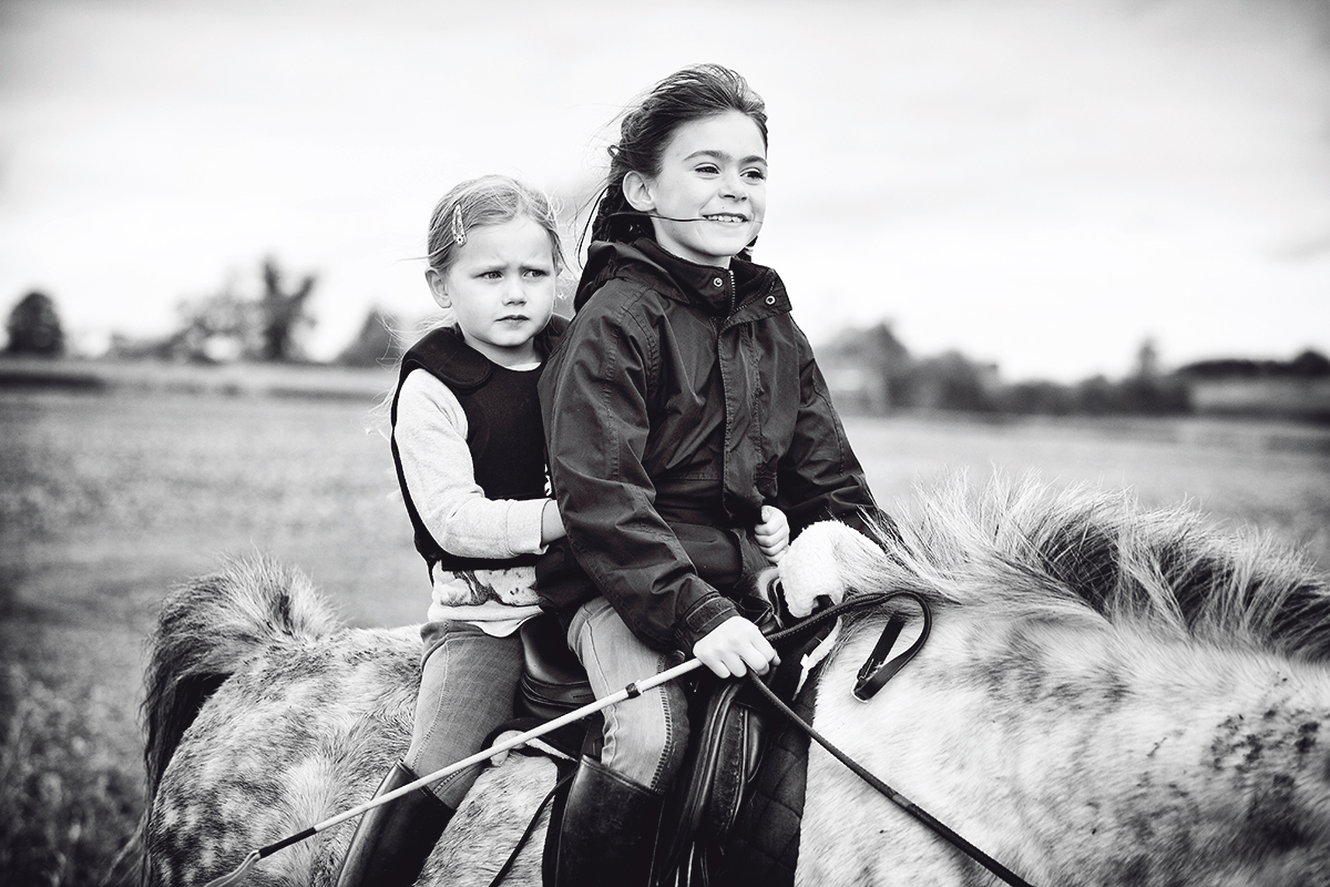 Horse_riding_Cotswolds_Sharron_Goodyear_Photography