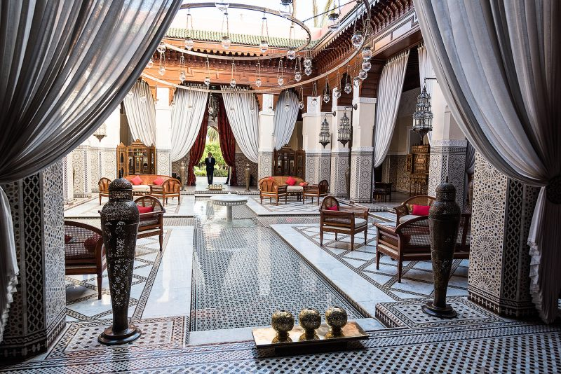 reception-at-royal-mansour-hotel_mini