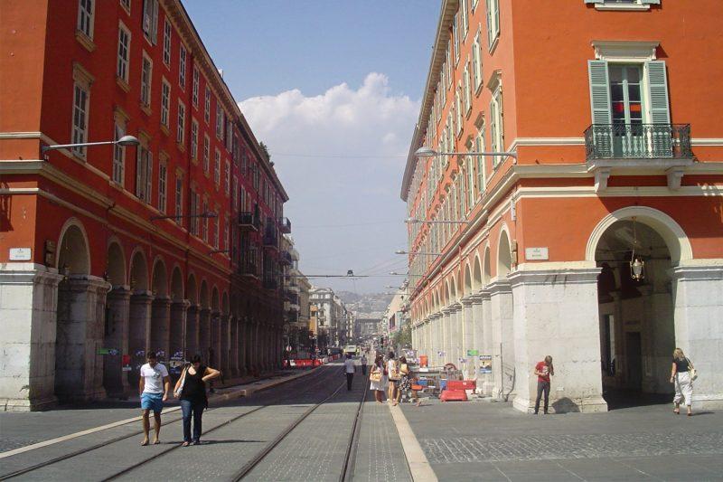 Avenue-Jean-Medecine-Place-Massena-Nice