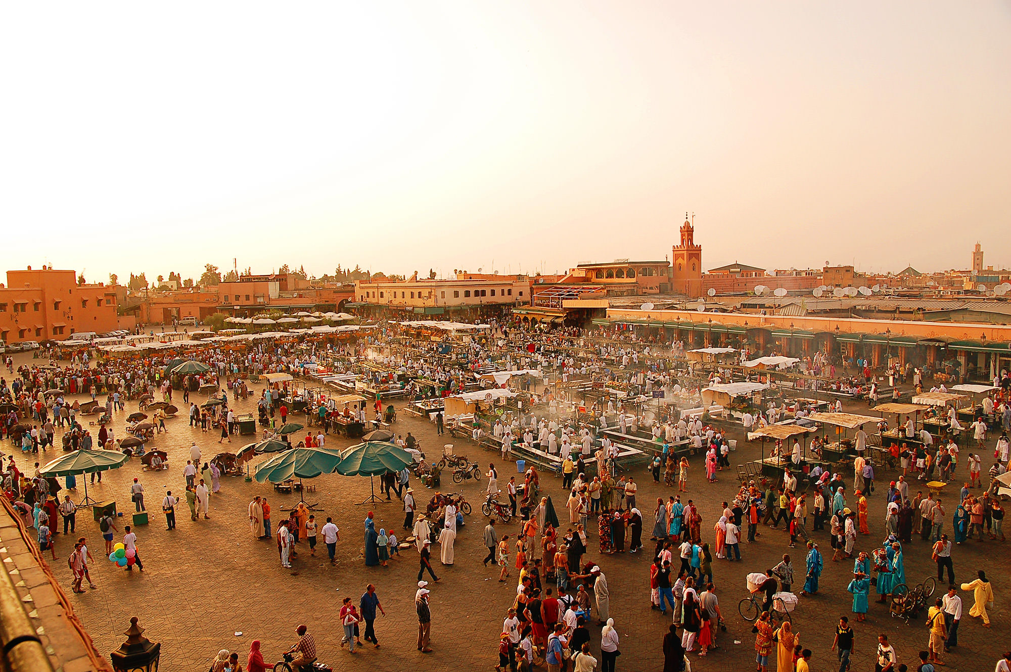 Jemaa-el-Fna_Marrakech_mini